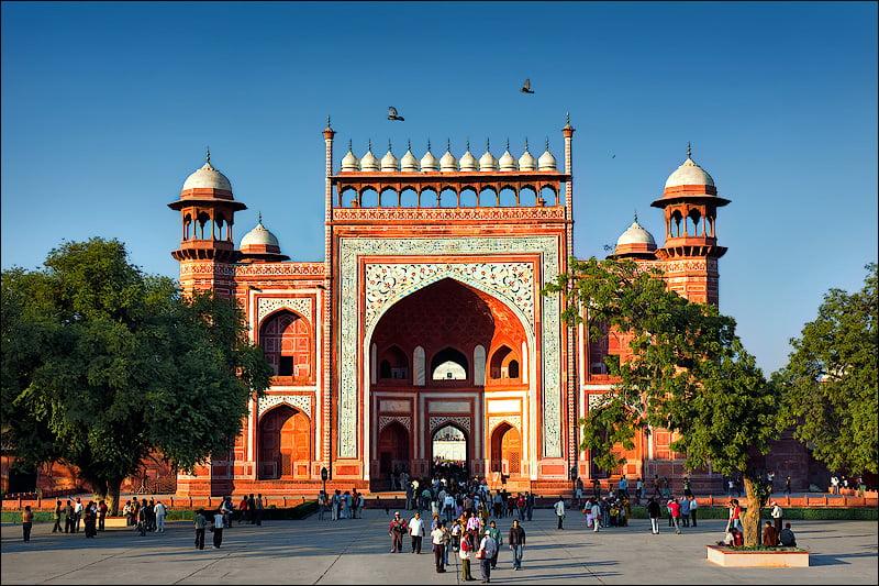 Gateway-of-Tajmahal